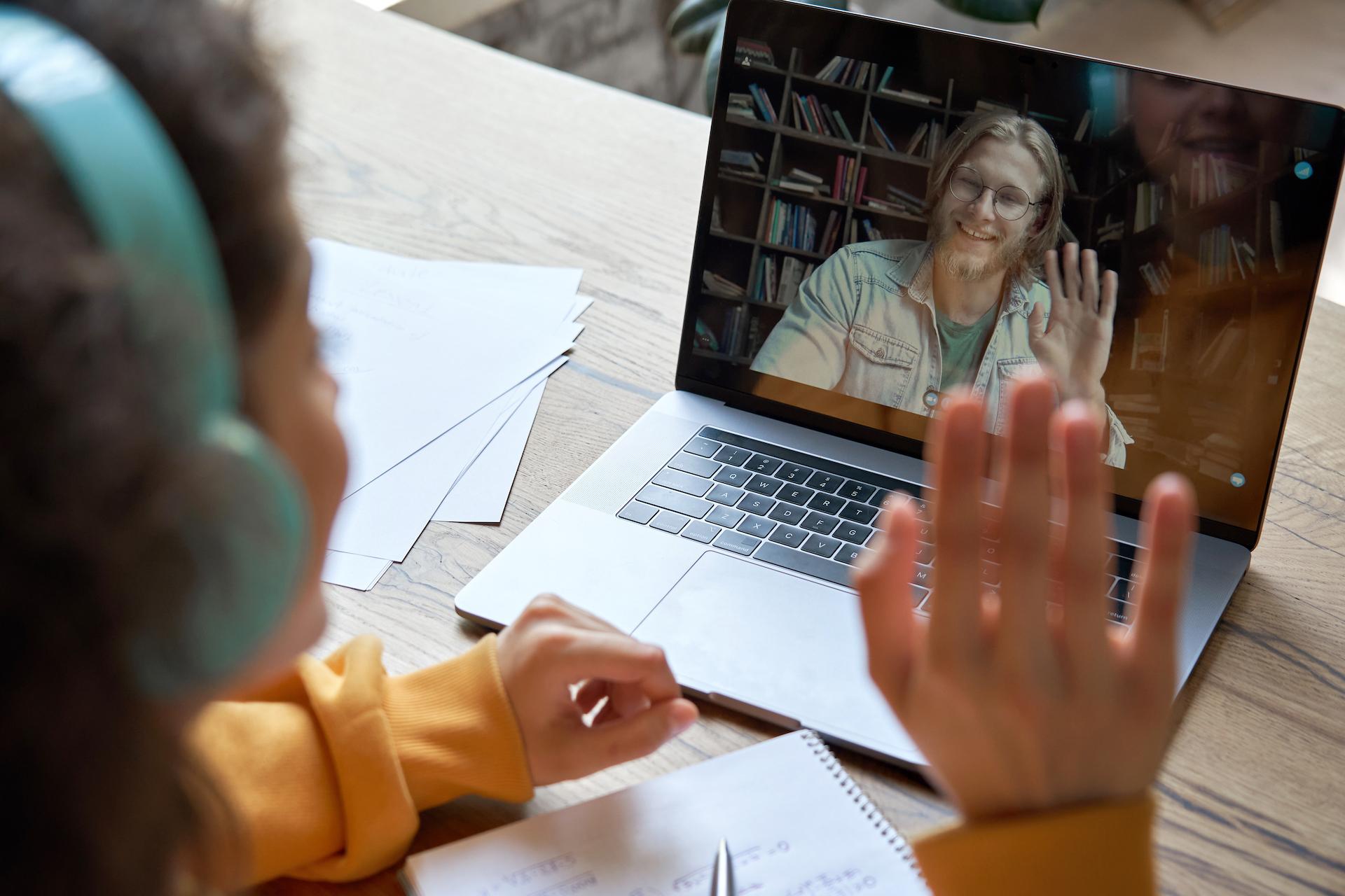 Buscamos voluntariado digital para el apoyo escolar